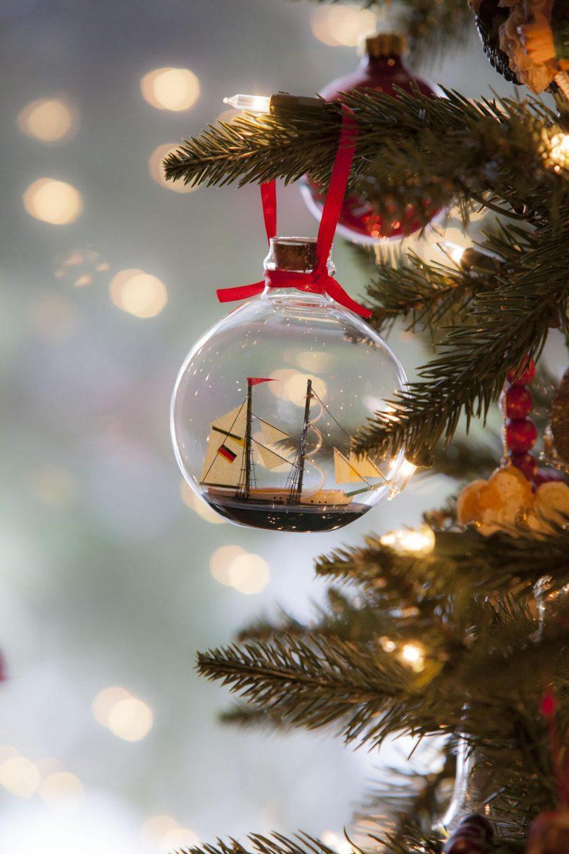 Keeping Kids Focused on Jesus Christmas Morning | Cornerstones for ...
